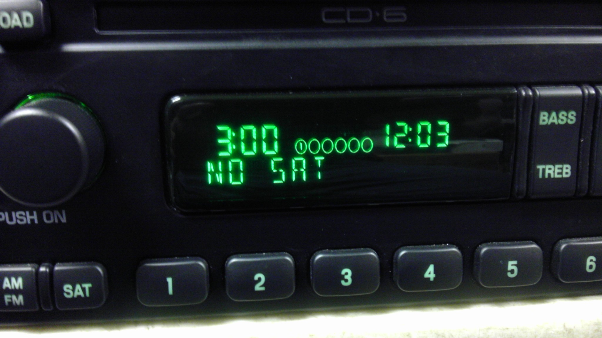 ford aux radio